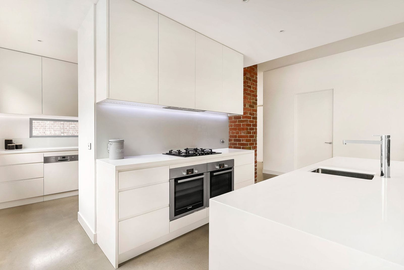 Contemporary white custom kitchen