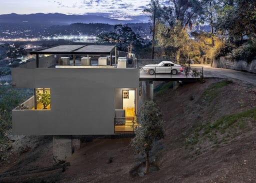 sloping block cliff house